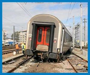 En RIANT dans le TRAIN...